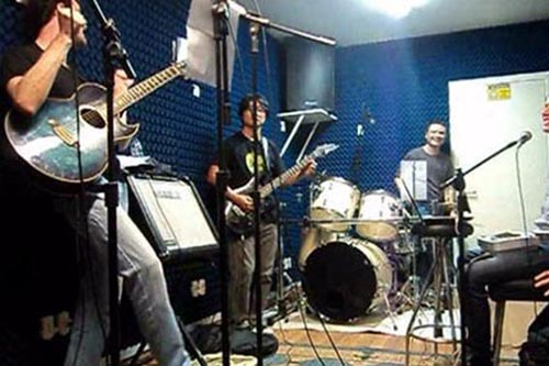 2012 – Quando montou uma banda com colegas de trabalho em 2012
