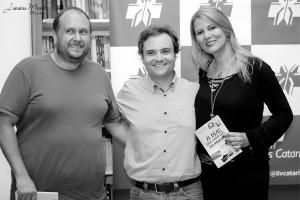 21 Dias Nos Confins do Mundo autor Henry Jenné editora Novo Século Sandro Fiuza Lima Tamara