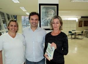 Visita do escritor Henry Jenné autor do livro 21 Dias Nos Confins do Mundo a Biblioteca Pública Municipal de Balneário Camboriú Machado de Assis