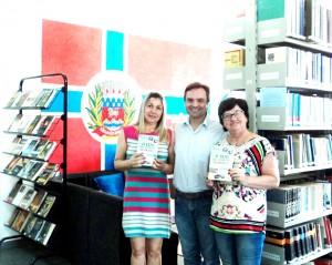 Visita do escritor Henry Jenné autor do livro 21 Dias Nos Confins do Mundo a Biblioteca Pública Municipal de São João Batista/SC