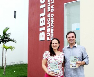 Visita do escritor Henry Jenné autor do livro 21 Dias Nos Confins do Mundo a Biblioteca Pública Municipal de Tijucas/SC