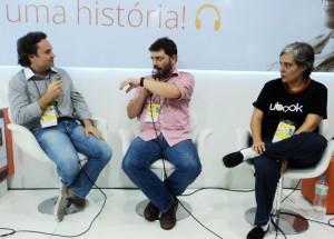 Entrevista e Bate Papo com escritores Henry Jenné e o jornalista do Jornal O Globo Pedro Doria na Bienal do Rio 2015 com a publicitária Marta Ramalhete da UBook Brasil