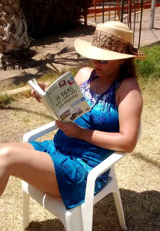 Livro 21 Dias Nos Confins do Mundo do autor Henry Jenné Foto enviada por Alicia Ramirez da região de Antofagasta Chile
