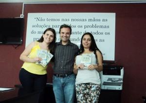 Visita do escritor Henry Jenné autor do livro 21 Dias Nos Confins do Mundo a Biblioteca Pública Municipal de Guaramirim/SC