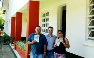 Visita do escritor Henry Jenné autor do livro 21 Dias Nos Confins do Mundo a Biblioteca Pública Municipal de Luiz Alves/SC