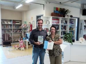 Visita do escritor Henry Jenné autor do livro 21 Dias Nos Confins do Mundo a Biblioteca Pública Municipal de Pirabeiraba/SC