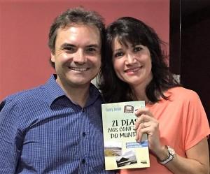 60º Ciranda Literária de Jaraguá do Sul 11 de Abril de 2016 autor Henry Jenné Livro 21 Dias Nos Confins do Mundo