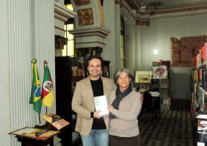 Visita do escritor Henry Jenné a Biblioteca Pública do Estado do Rio Grande do Sul