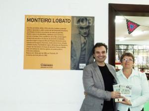 Visita do escritor Henry Jenné autor do livro 21 Dias Nos Confins do Mundo a Biblioteca Publica Monteiro Lobato de São Paulo