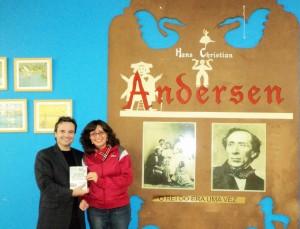 Visita do escritor Henry Jenné autor do livro 21 Dias Nos Confins do Mundo a Biblioteca Publica Hans Christian Andersen de São Paulo