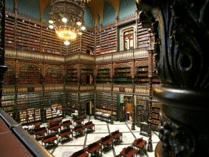 Visita do escritor henry jenné as bibliotecas do Rio de Janeiro gabinete real portugues de leitura
