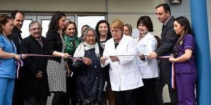 Avuela Cristina Calderón ao lado da Presidenta do Chile Michelle Bachelet, inaugurando o novo hospital de Puerto Williams no último dia 07de Novembro (2016), o qual leva o seu nome.